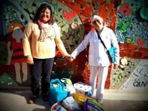 Silvia Casas con Teresita, miembro de la Comisión de Responsabilidad Social