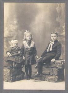 Hijos de C.Croce Foto inédita, obtenida de la familia por Margarita Casa