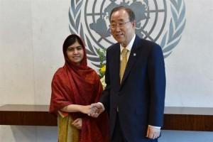 Malala fue distinguida por distintas organizaciones por luchar en favor de la educación; en agosto de este año se reunió con el titular de la ONU, Ban Ki-moon.